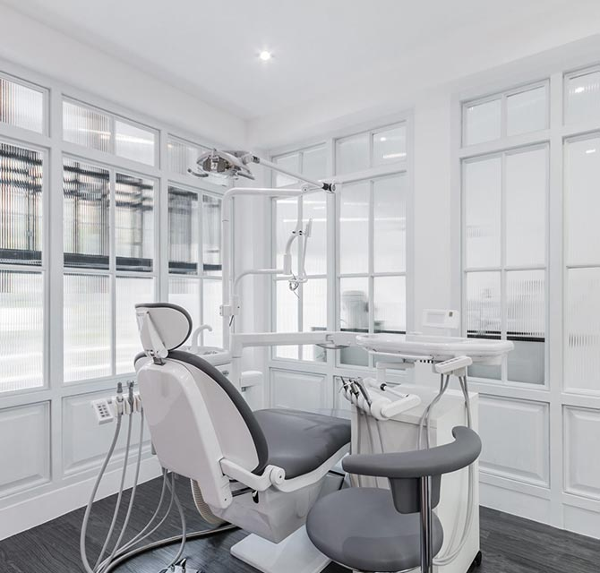 S Dental Clinic Bangkok - Professional Dental Clinic